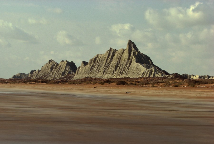 Martian mountains Chabahar, Iran - Exotigo