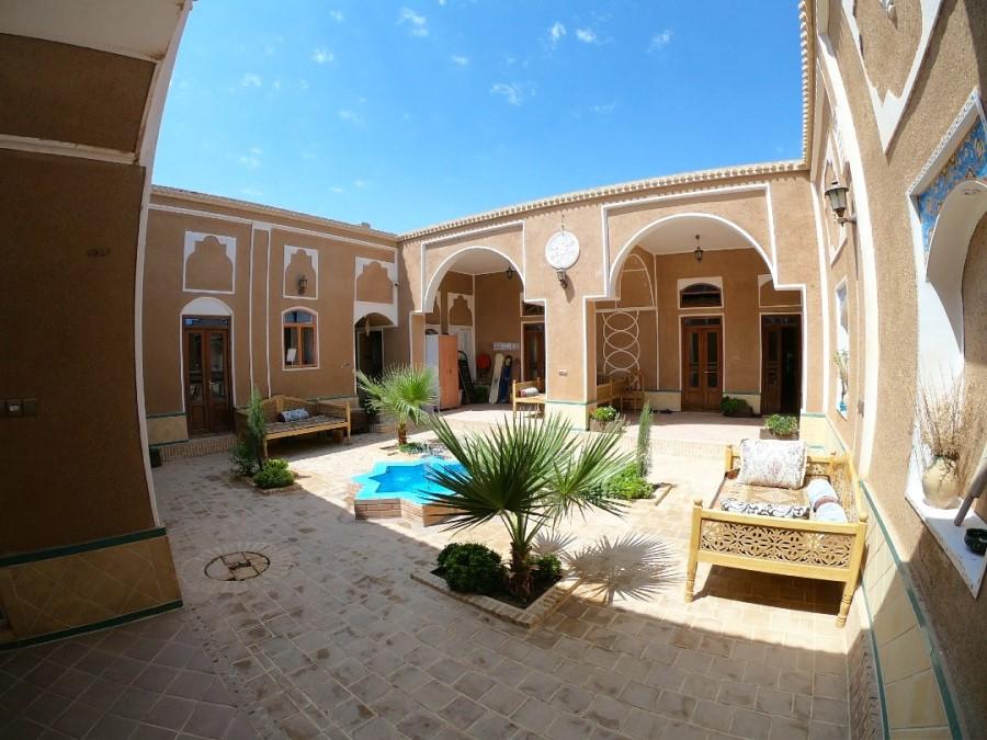 Negaar Traditional Guesthouse Varzaneh Iran - Exotigo