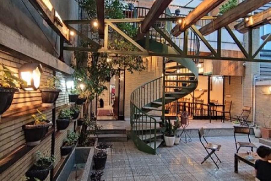 iran-cozy-hostel-Tehran