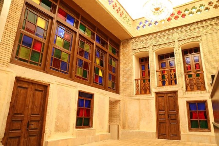 panjdari-traditional-house-Shiraz-Iran
